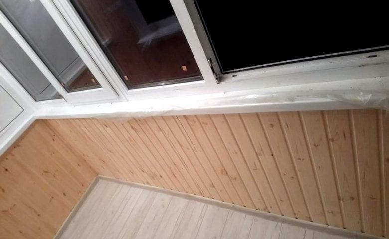 Внутренняя отделка балкона деревом (евровагонка), теплоизоляция