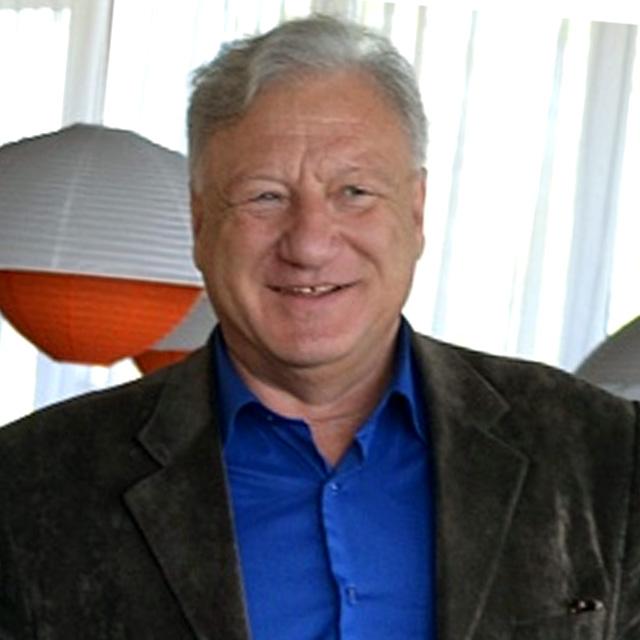 Николай Викторович