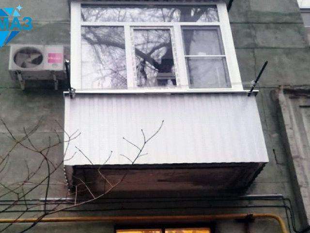 Внешний вид балкона после окончания ремонтных и отделочных работ